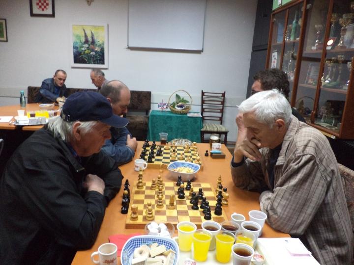 Uskršnji šah s članovima Udruge Vrapčići